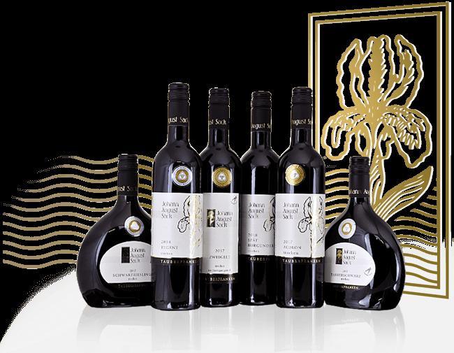 Auswahl an Weinflaschen vom Weingut Johann August Sack